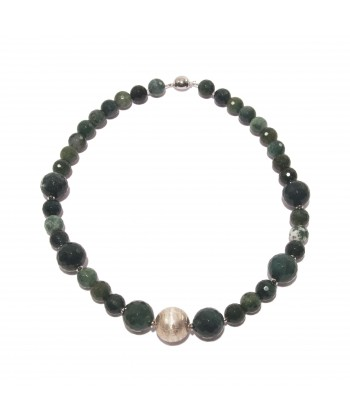 Collaret, Venus, perles, jade i de plata, feta a Itàlia, edició limitada