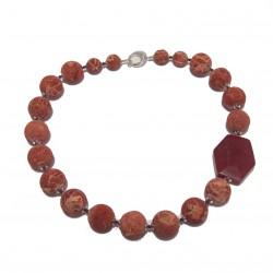 Collier, Lorraine, des pierres, de la lave, corail, jade, rouge et argent, fabriqué en Italie, édition limitée