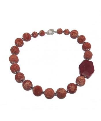Collana, Lorena, in pietre di lava, corallo, giada rossa ed argento, made in Italy, limited edition