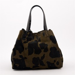 Bag in hand, Ashley Green, in skin and hair, prancing horse, made in Italy