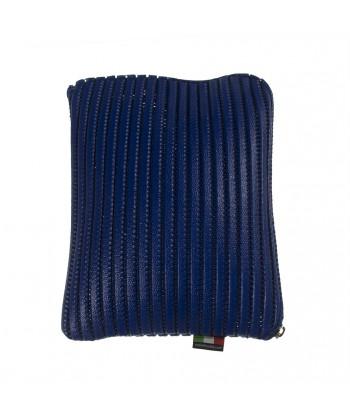 El caso de la Tableta, Milano Azul, sympatex