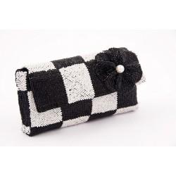 Bolsa de embrague, Antonella en blanco y negro, de raso y perlas